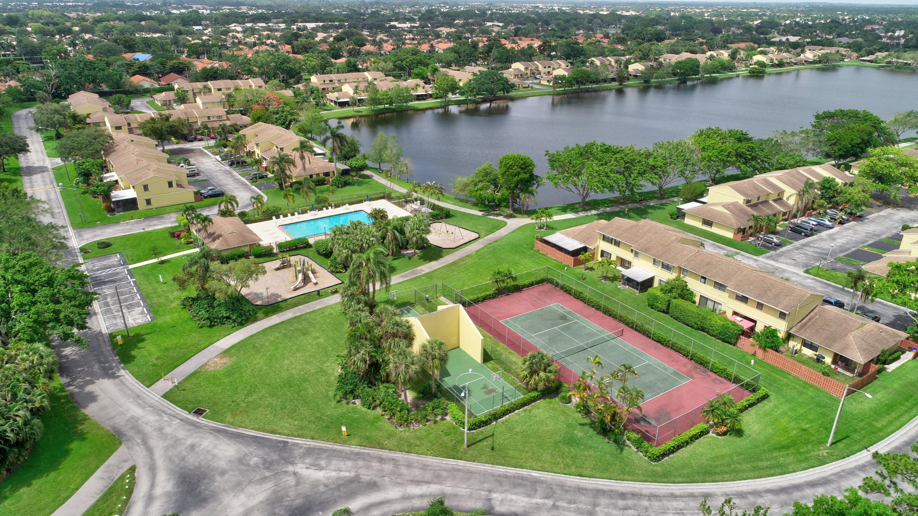 Country Lake Condominiums Delray Beach
