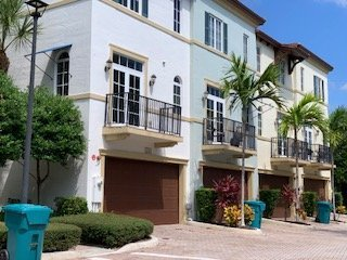 Estancia Townhome Real Estate for Sale